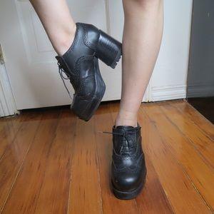 Steve Madden Platform Lace Up Heels